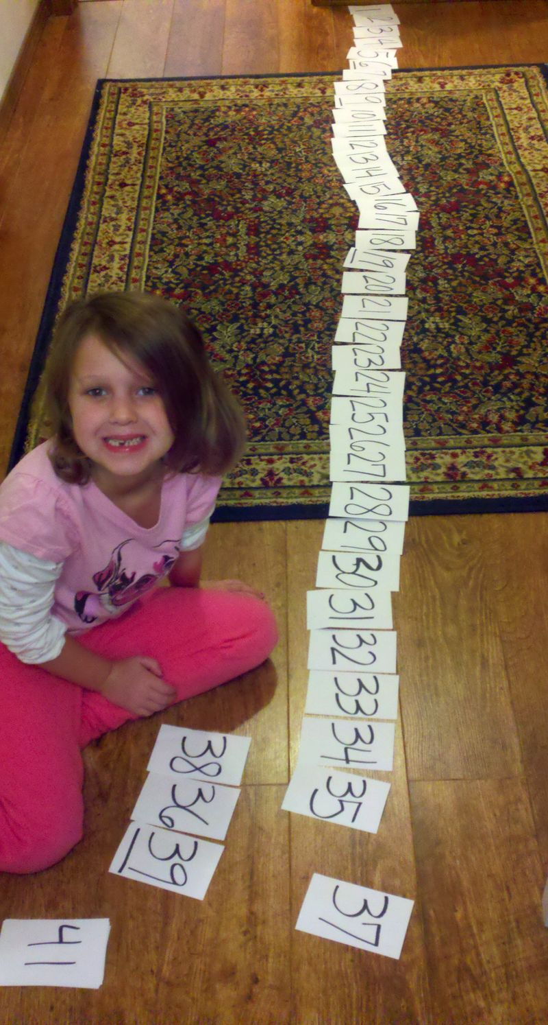 Learning counting to 50 math cards