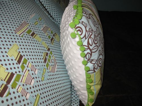 quilted pillow and applique' pillow shams