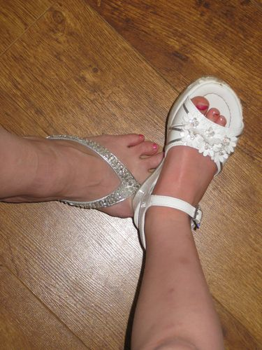 what pretty little Easter shoes, if I do say so...
