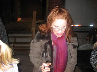 Melissa Gilbert signing autographs 3