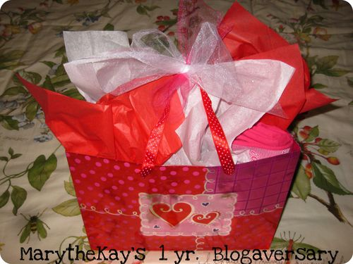 Blog anniversary giveaway all wrapped up