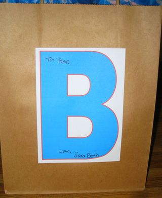 Dressing up a plain gift sack blue red gift tag