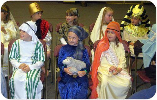 History Banquet students costumes