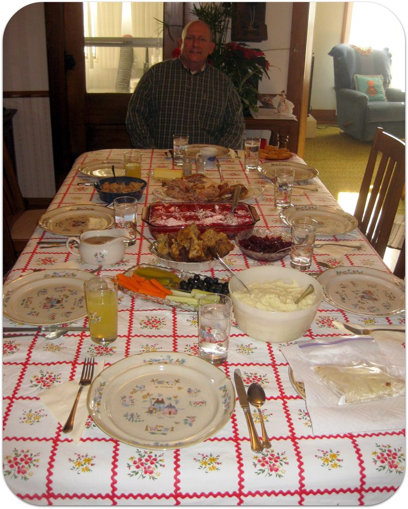 Thanksgiving head of the table