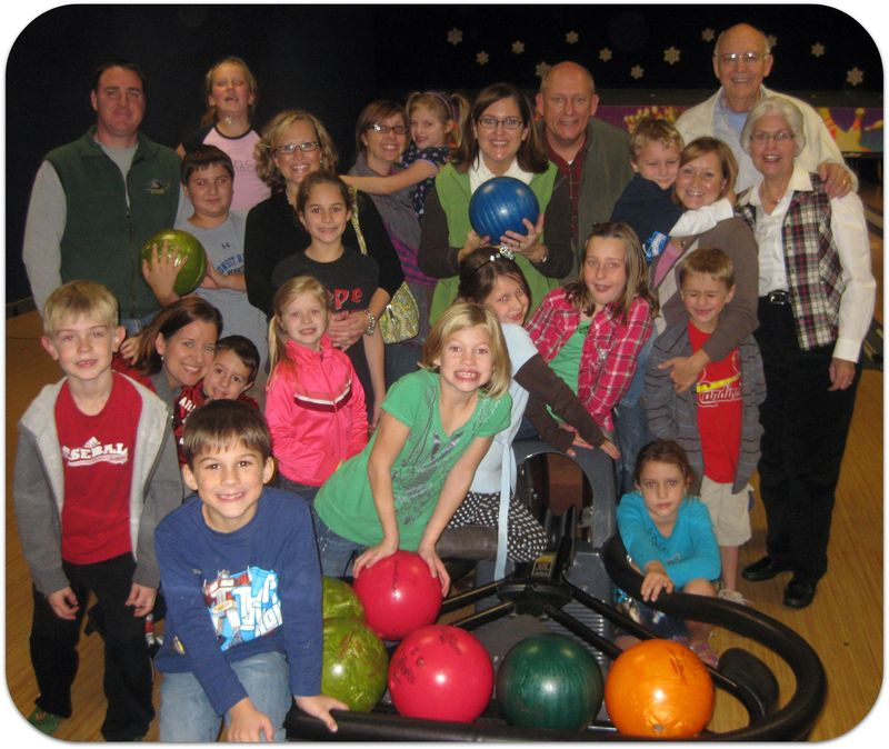 Saras birthday bowling party whole group