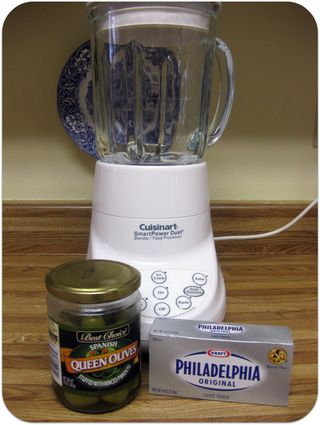 Cream cheese and olive sandwich spread ingredients