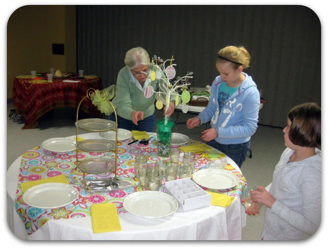 Spring table setting up