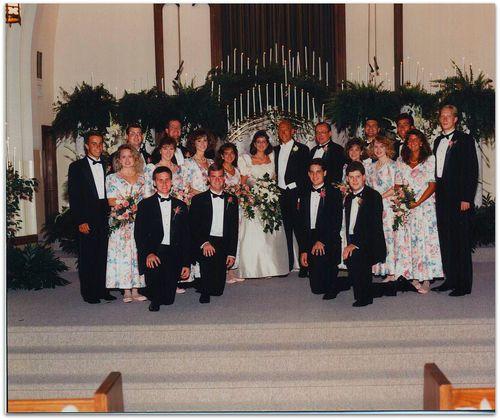 Wedding photo whole wedding party