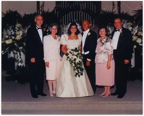 Wedding photo both parents