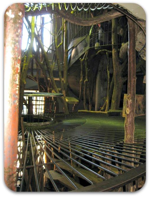 St Louis City Museum tree house area