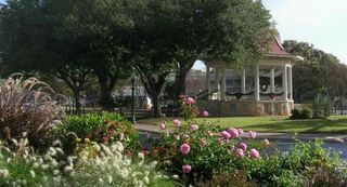 Photo credit New Braunfels Downtown Association Daylight NB Gazebo dpi 72